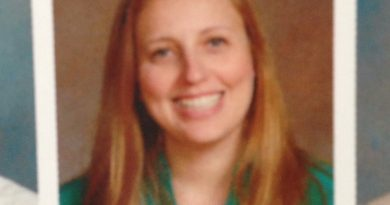 Former EHS teacher pleads guilty to unlawful contact with a minor