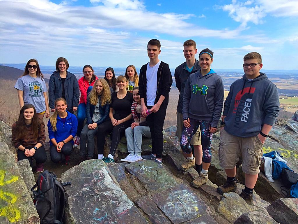 EHS+students+host+Germans