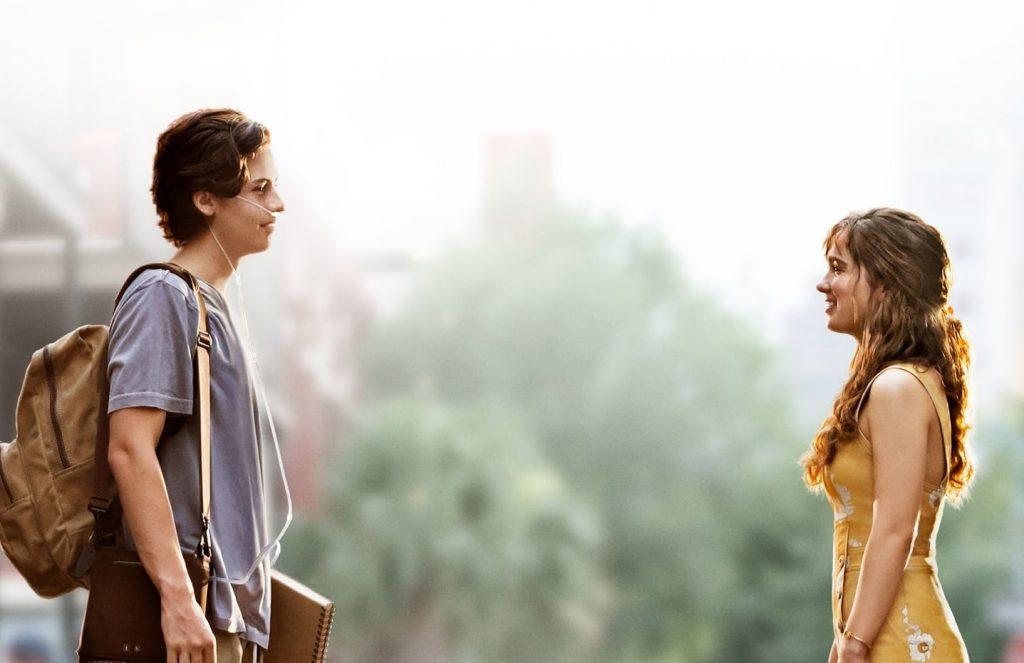 Image+courtesy+of+FiveFeetApartFilm.com.